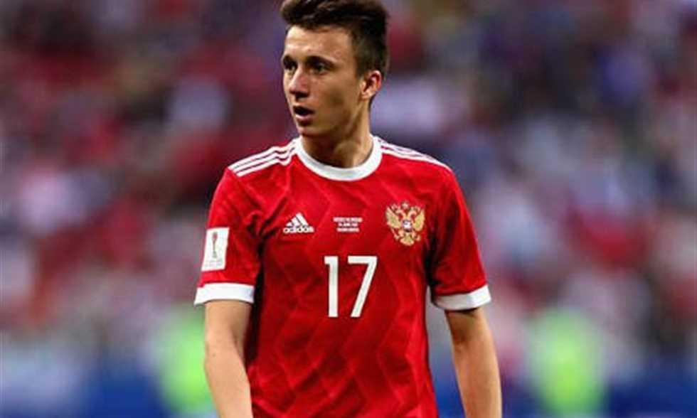 FilGoal   أخبار   برشلونة يسعى لضم نجم روسيا بدلا من إريكسن