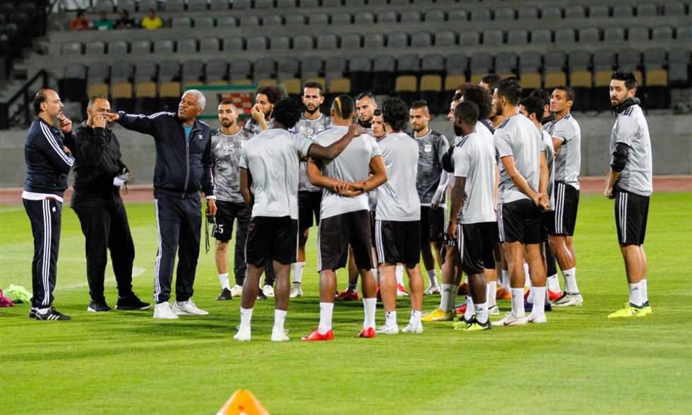 FilGoal   أخبار   قائمة المصري - 20 لاعبا في اختيارات ميمي عبد الرازق لمباراته الأولى أمام الإسماعيلي